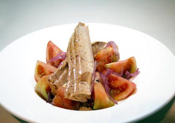 Tomate de temporada con Ventresca Restaurante El Cierzo