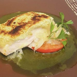 Merluza de pincho en costra Restaurante El Cierzo
